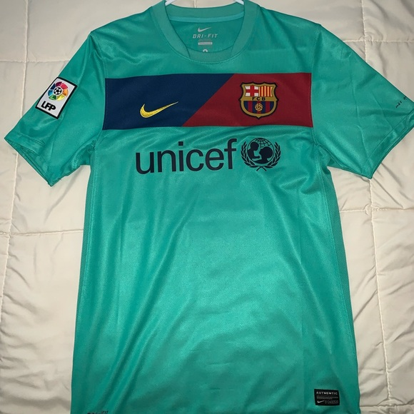 quality design b2e45 2c514 Barcelona La Liga Away Jersey 2010-2011